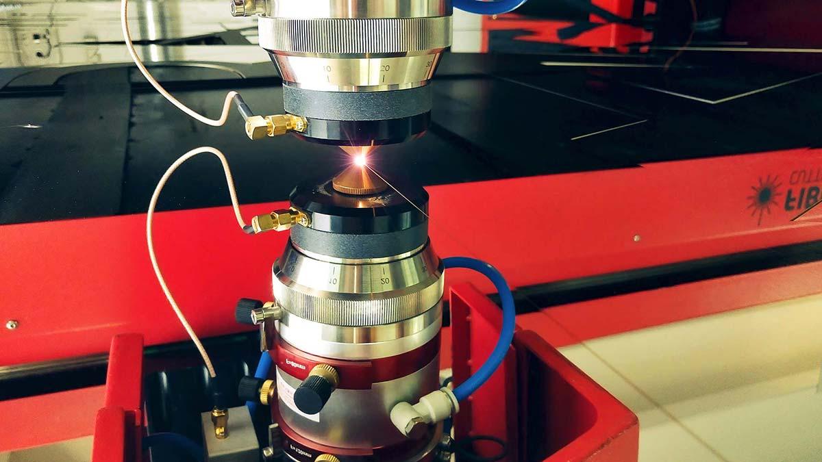 Servicio de corte láser de metales