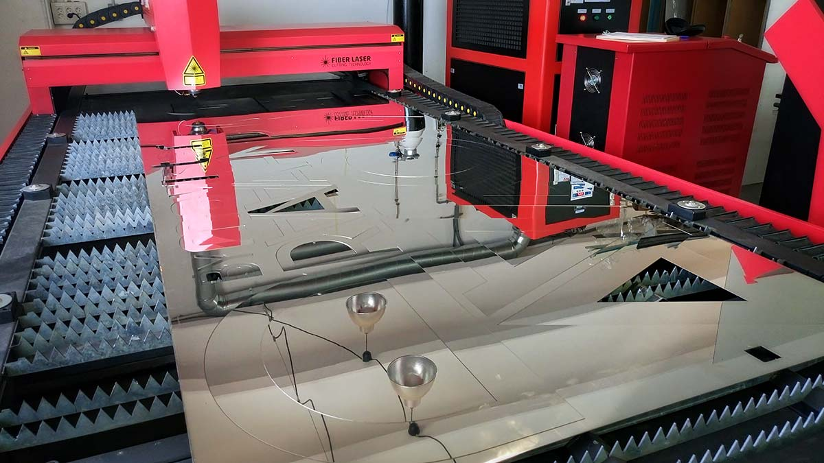 Máquina de corte con láser