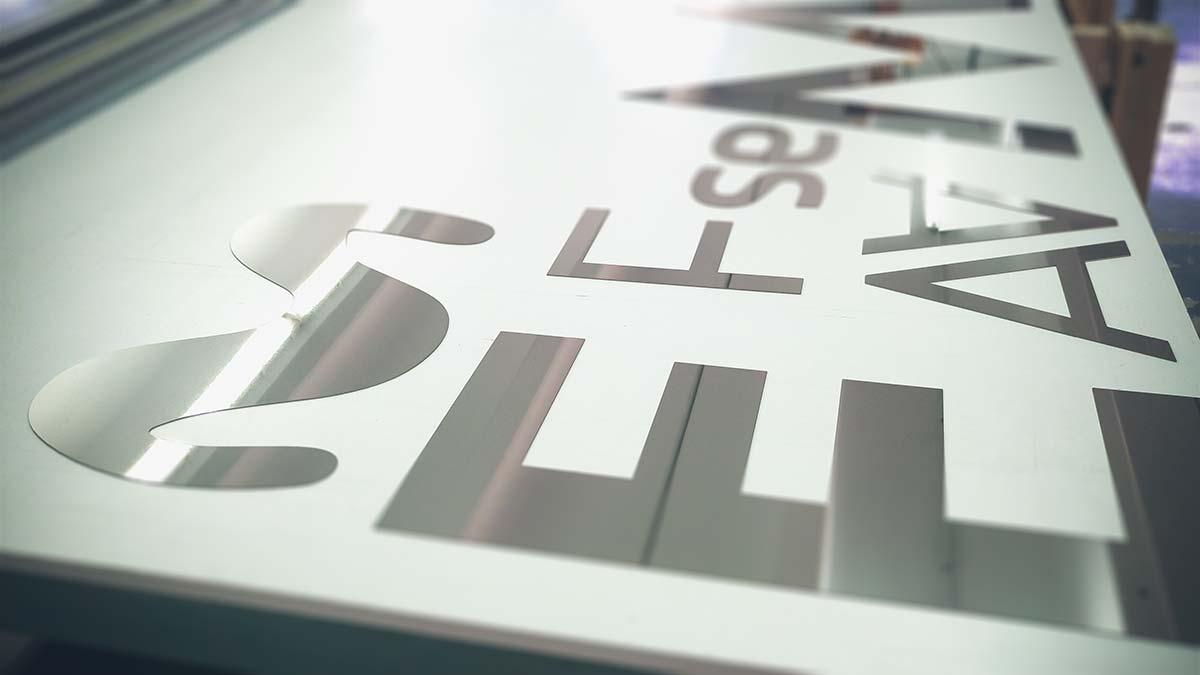 Corte láser de letras en inox