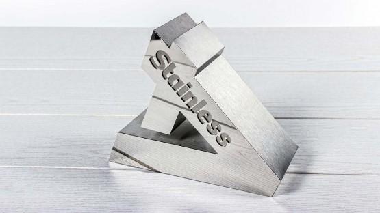 Letra corporea realizada en acero inox   Láser Mallorca