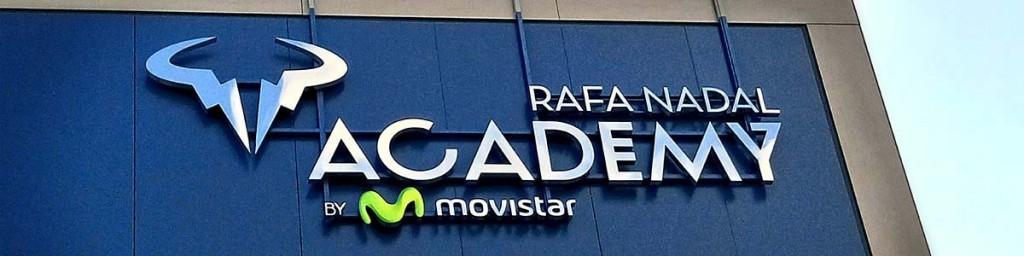 Letras corporeas academia Rafa Nadal   Láser Mallorca
